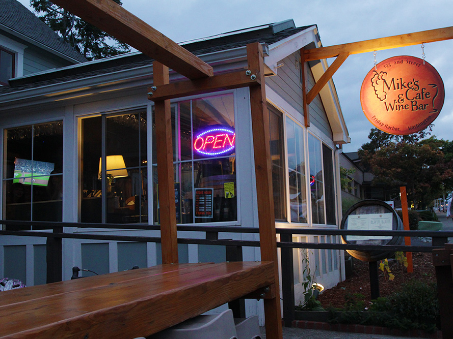 Mike S Cafe And Wine Bar San Juan Island Friday Harbor